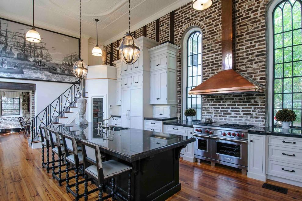 مطبخ بحوائط حجرية 9 الحوائط الحجرية.. لمسة فخامة وتميز في المطبخ