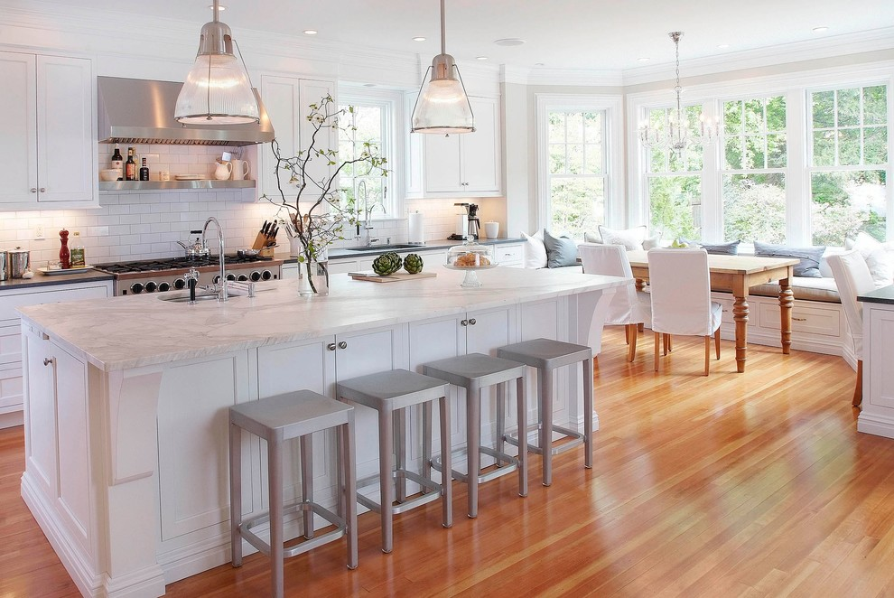 مطبخ كلاسيكي فخم 4 الفخامة والأناقة في تصميمات 10 مطابخ كلاسيكية جميلة