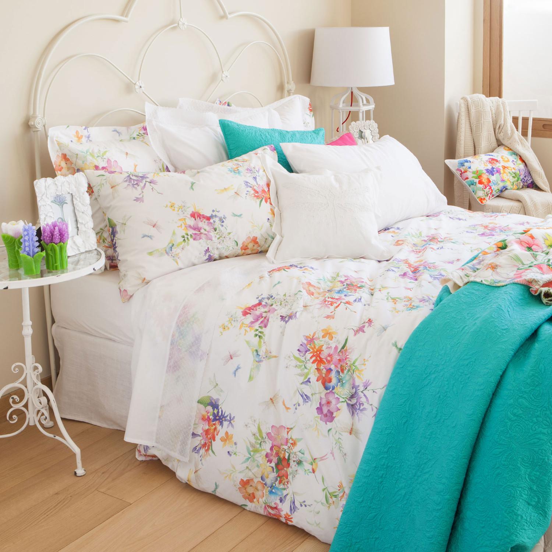 مفروشات بنقوش زهور 1 1500x1500 مفروشات سرير بتصميمات رائعة وأذواق راقية من Zara Home