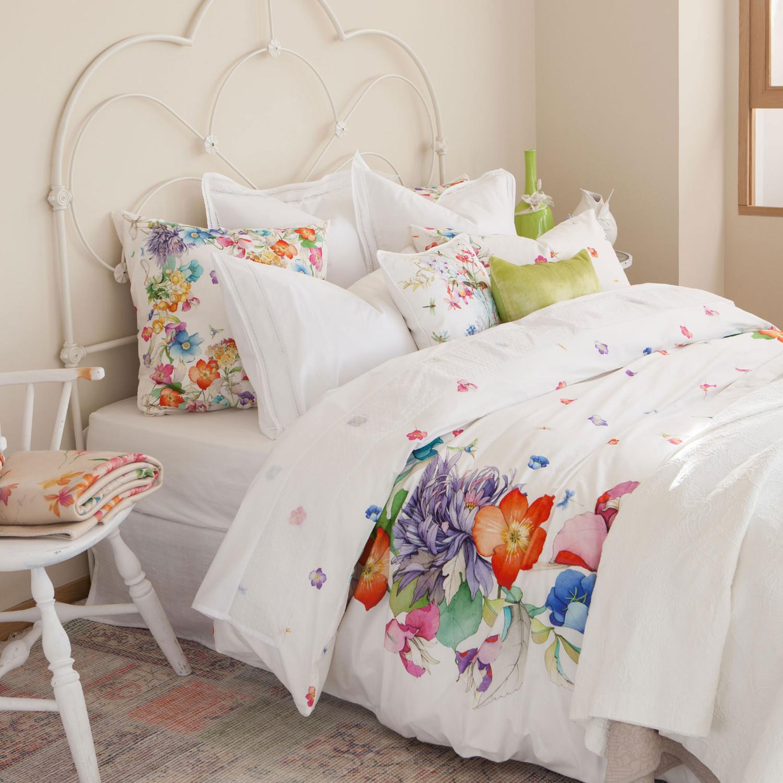 مفروشات بنقوش زهور 2 1500x1500 مفروشات سرير بتصميمات رائعة وأذواق راقية من Zara Home