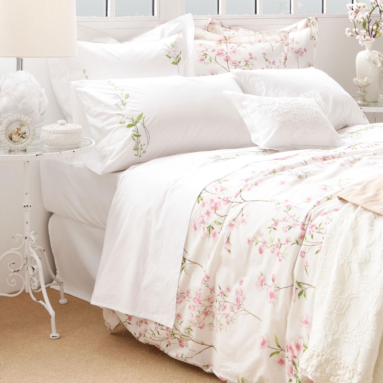 مفروشات بنقوش زهور 31 1500x1500 مفروشات سرير بتصميمات رائعة وأذواق راقية من Zara Home