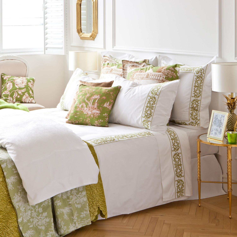 مفروشات مطرزة 2 1500x1500 مفروشات سرير بتصميمات رائعة وأذواق راقية من Zara Home