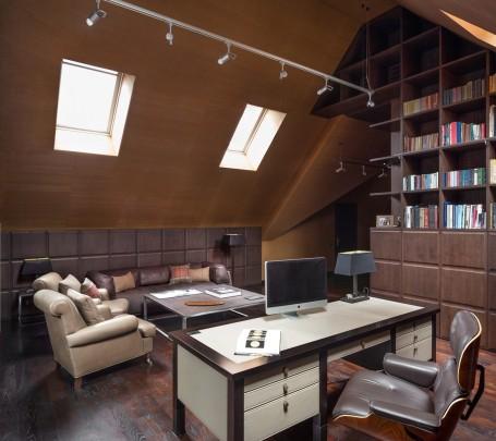مكتب بتصميم أنيق