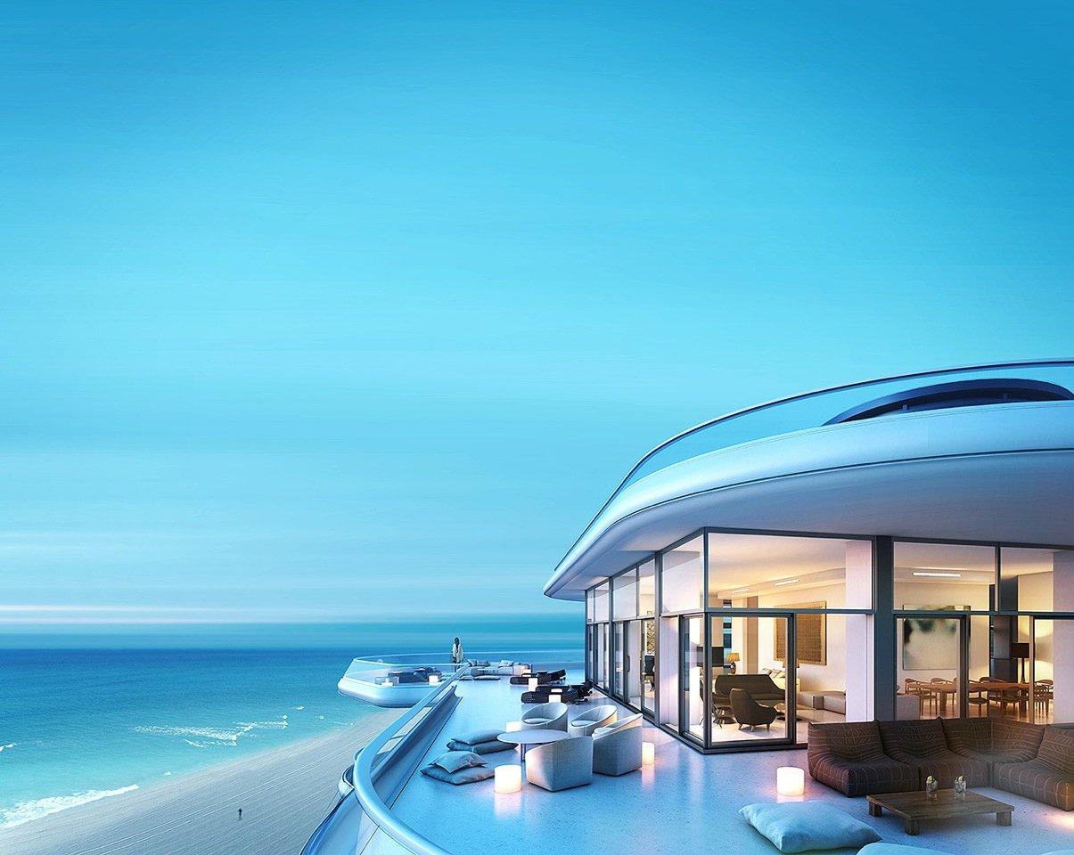 منزل بداخل يخت حمام السباحة في المنزل... ضرورة أم رفاهية؟
