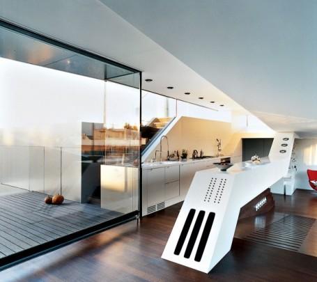 awesome-white-kitchen-600x606