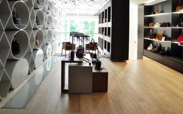 bolefloor commercial use 14 600x375 أفكار أرضيات خشبيه و ارضيات باركيه رائعة