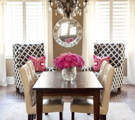 modern-dining-room-red-roses