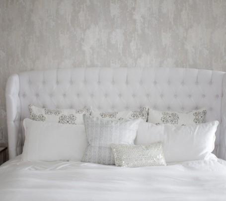 white-modern-bedroom2